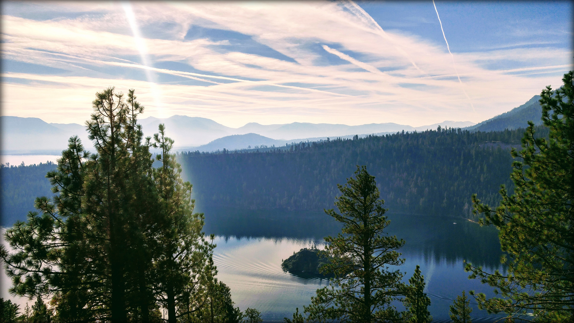 emerald_bay_lake_tahoe_california.jpg