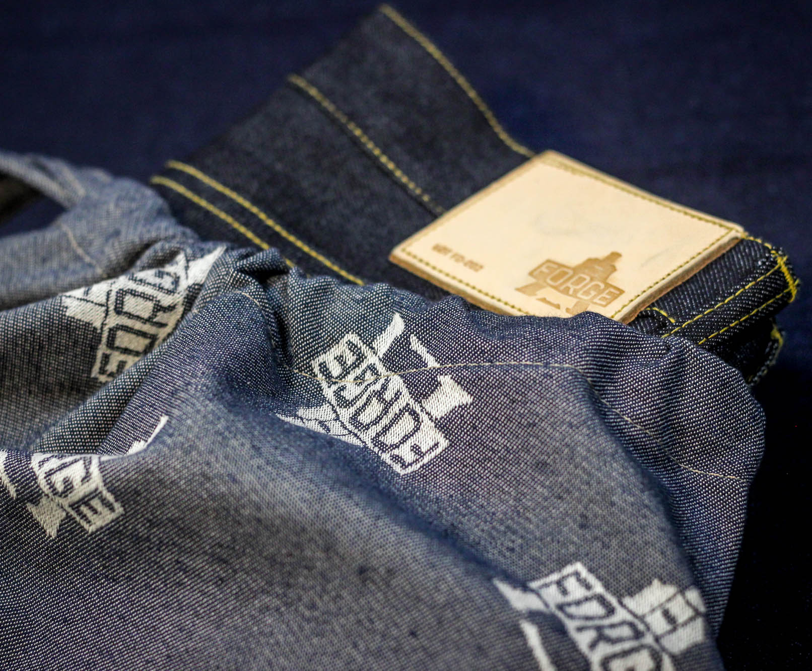 jeans and bag2.jpg