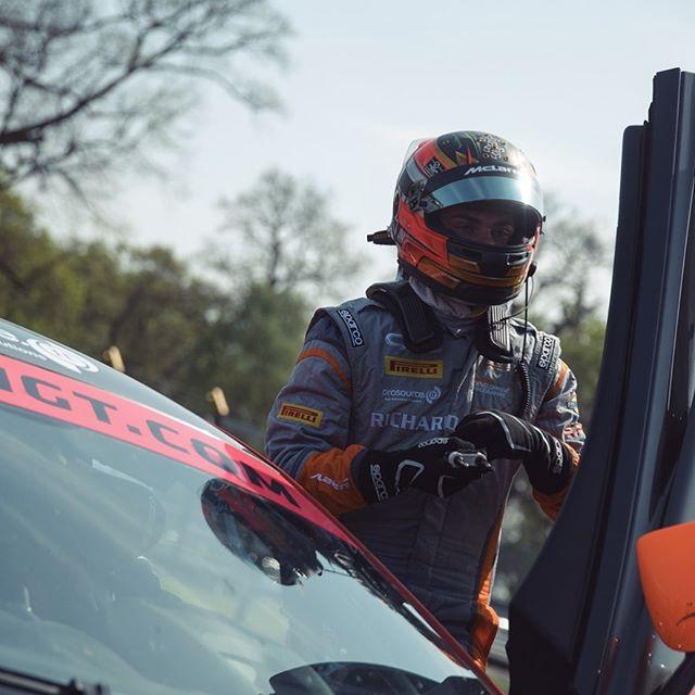When you gear up then get told it's not your stint yet 💔😭 #heartbroken #keenbean #getmebackinthecar #mclaren #570s #gt4 #racing