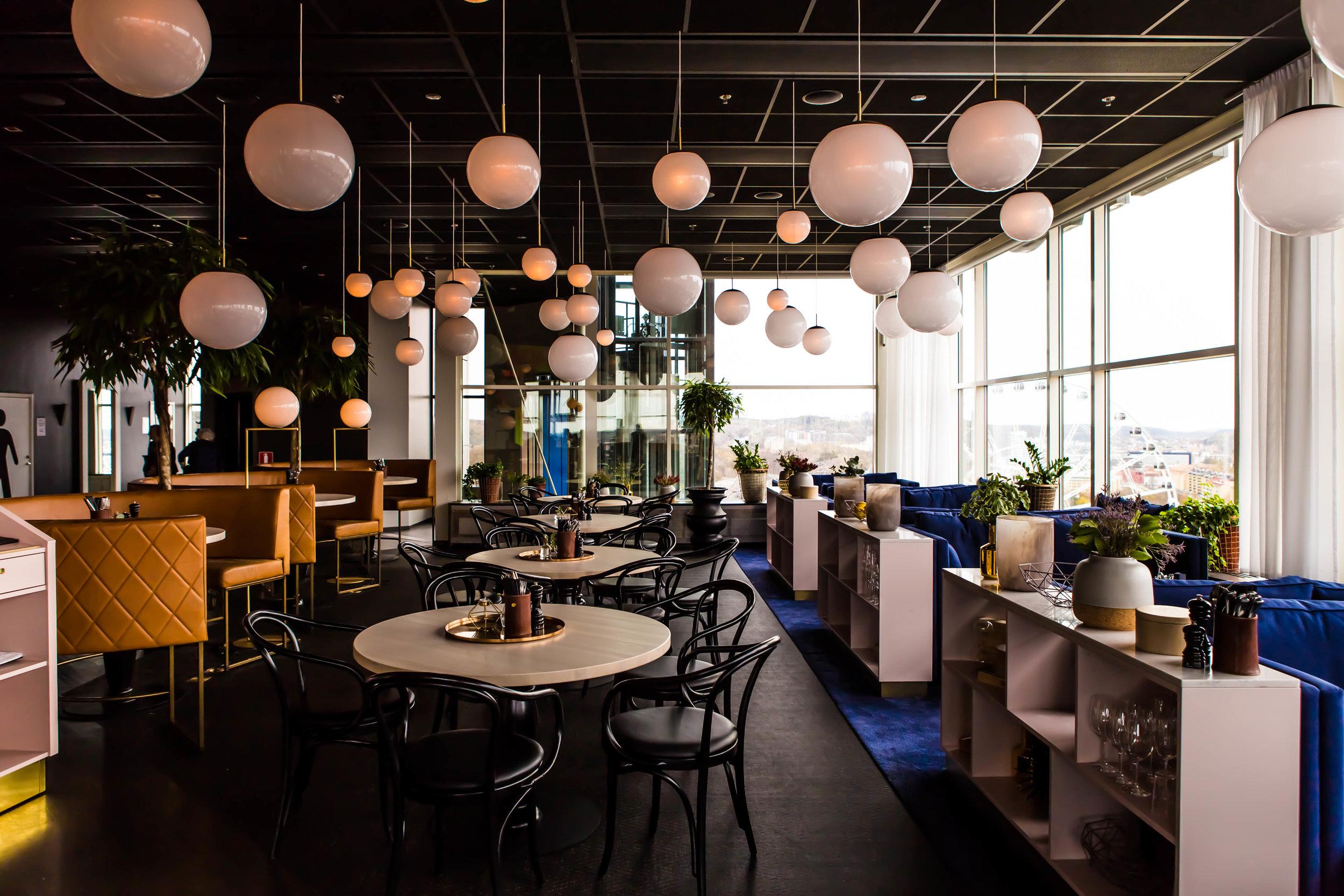 Sofa-restaurant-Heaven23-Gothenburg-Sweden-Facctory-photographer-Julio-Chang-3.jpg