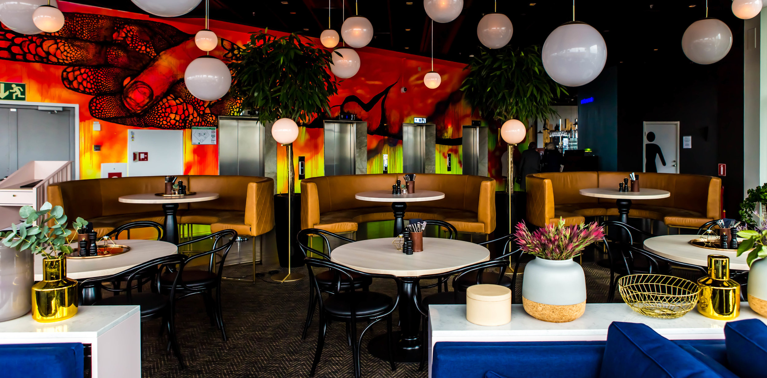 Sofa-restaurant-Heaven23-Gothenburg-Sweden-Facctory-photographer-Julio-Chang-4.jpg