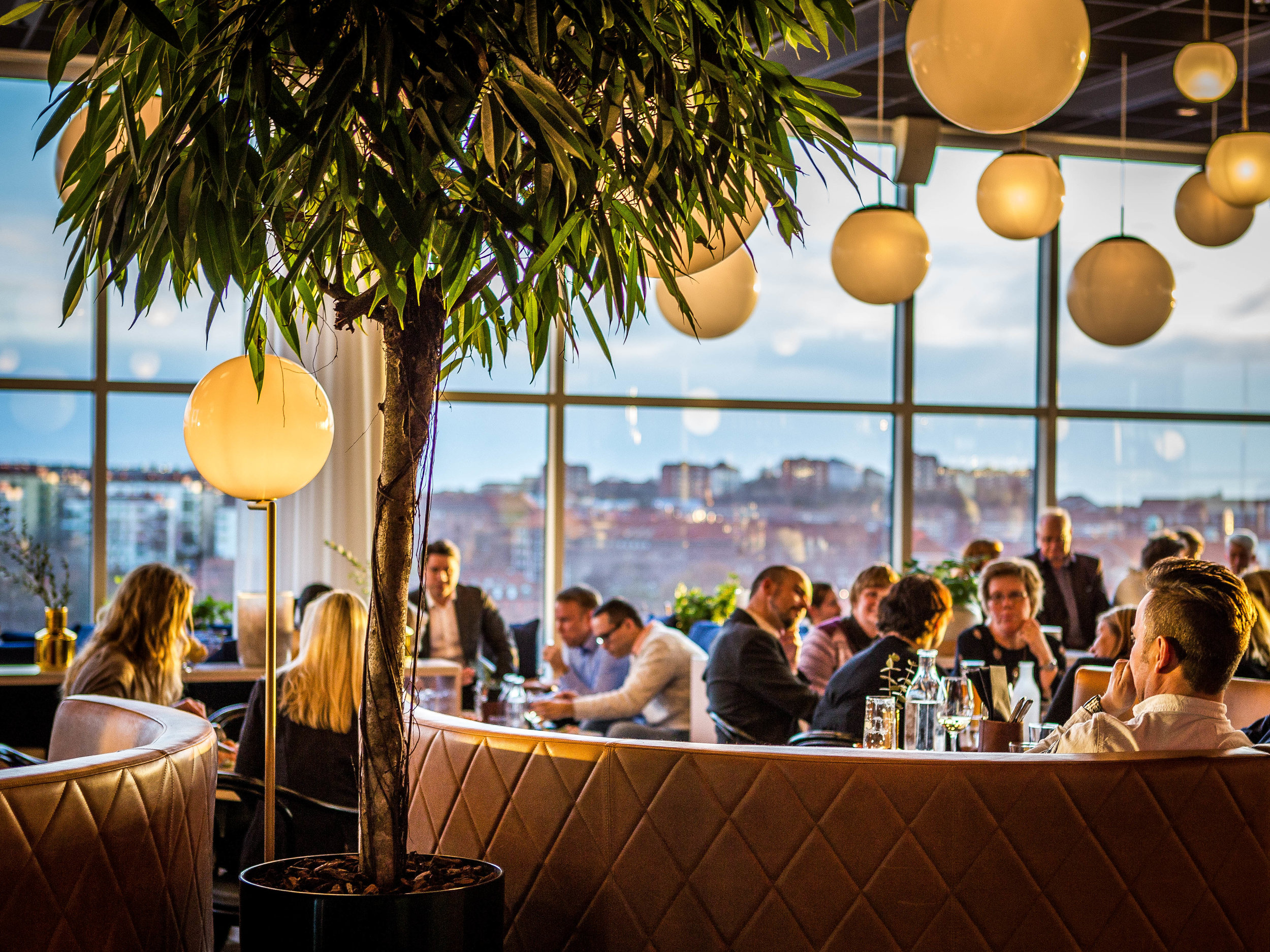 Sofa-restaurant-Heaven23-Gothenburg-Sweden-Facctory-photographer-Julio-Chang-1.jpg