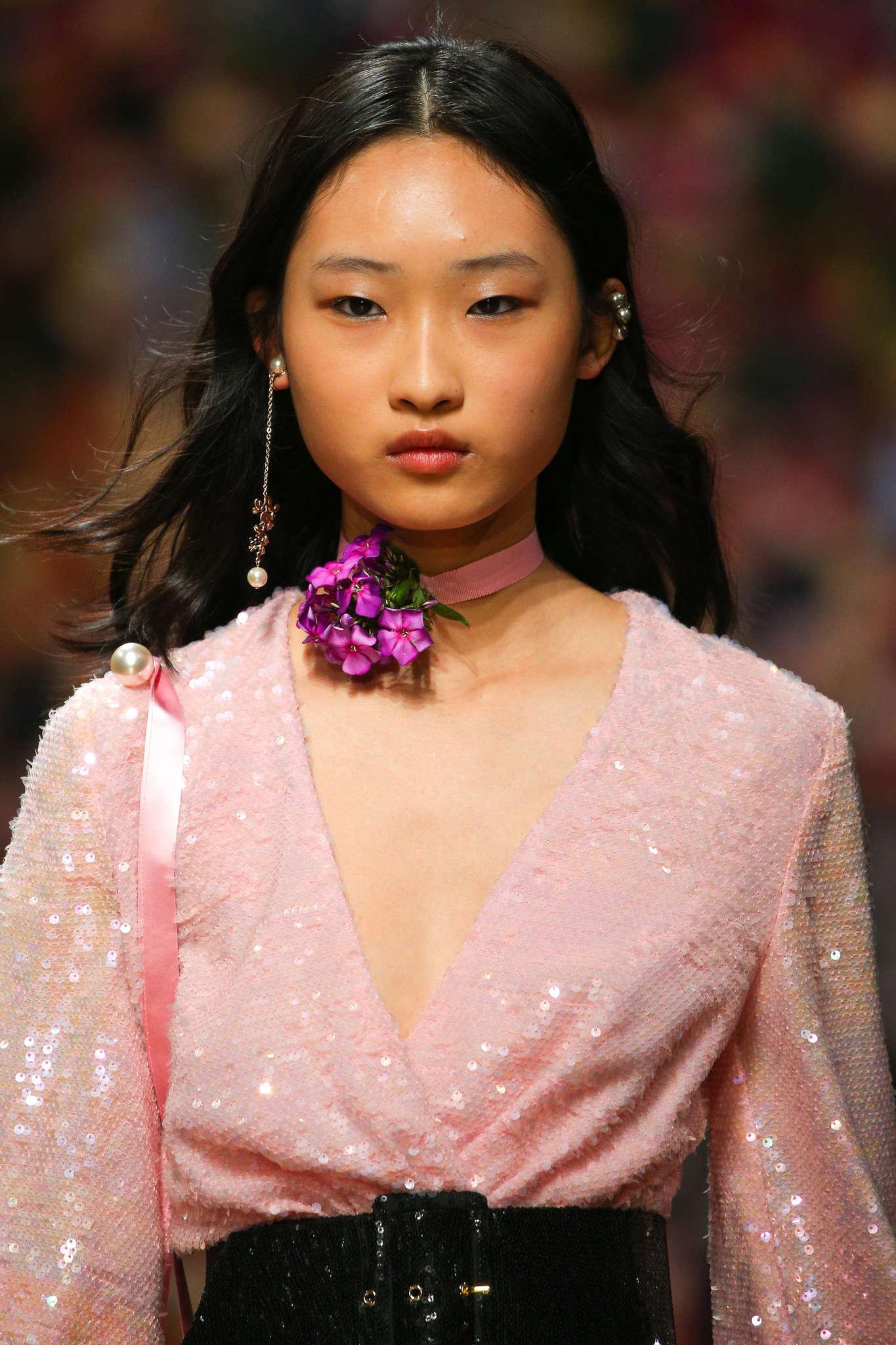ingie paris pink flower choker.jpg