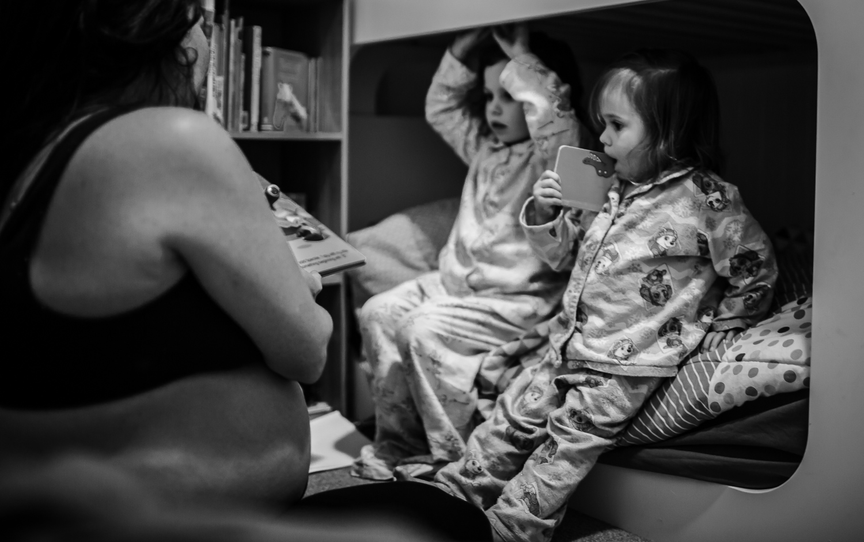 nighttime family lifestyle photography