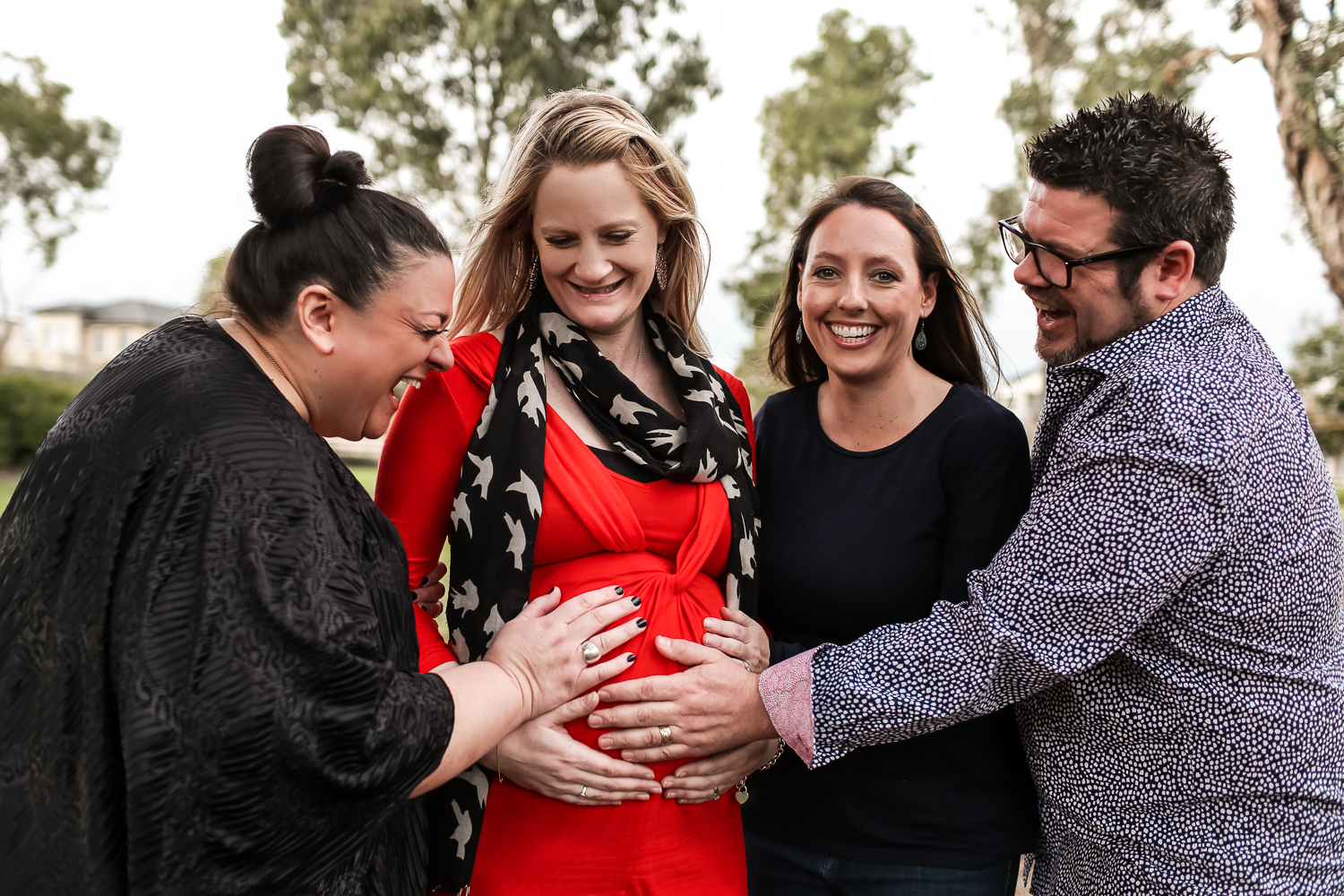 melbourne couple celebrating surrogacy journey with egg donor and surrogate in Melbourne