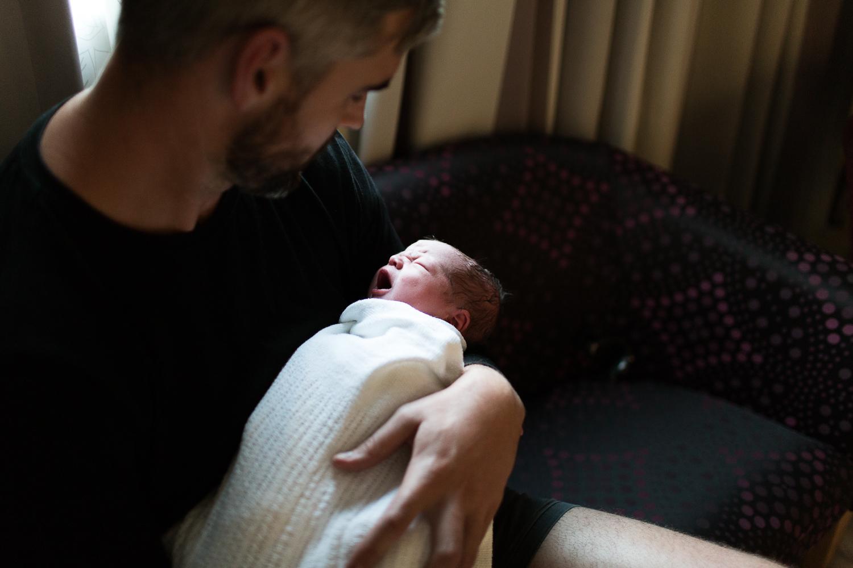 melbourne newborn lifestyle photographer