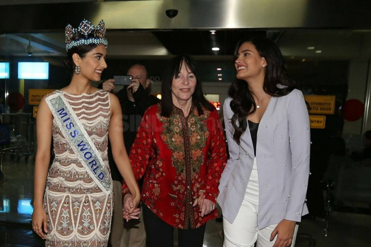Miss World CEO and two of her 'daughters', Miss World 2017 and Miss World 2016