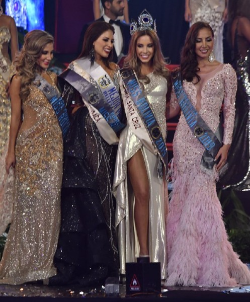 Miss World Bolivia 2019 and her runner-ups.
