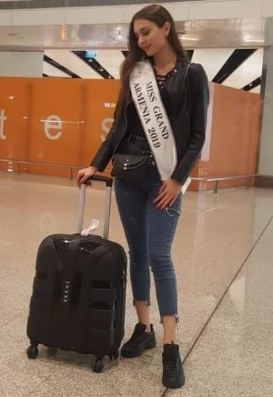 Miss Grand Armenia is on her way to MGI 2019, in Caracas.
