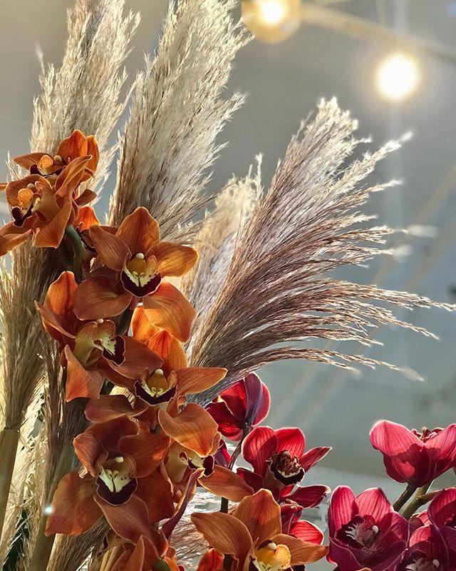 #fallfeels #seattleflorist #seattleflowers #flowers #wedeliver