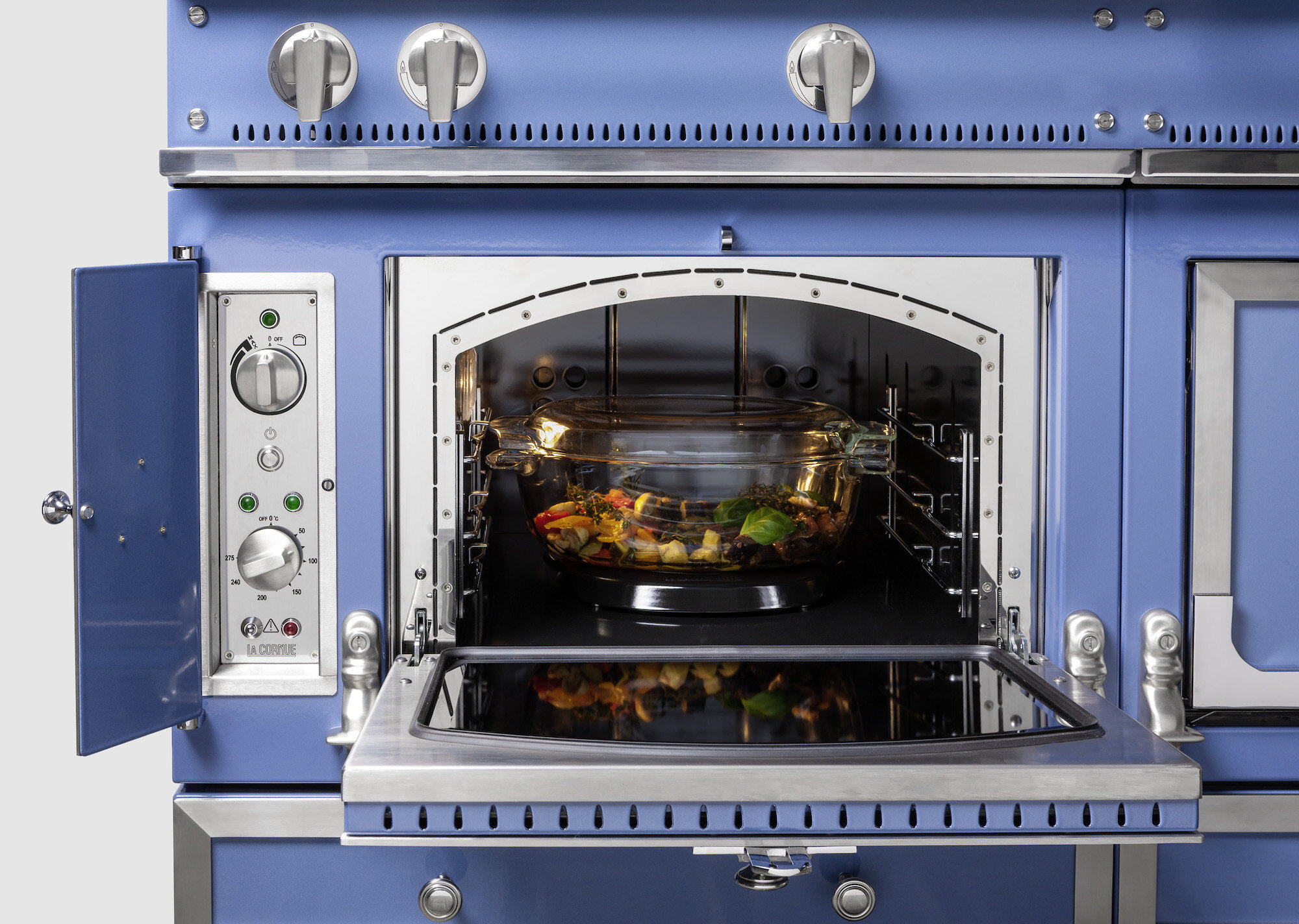 Latest G4 Chateau with vaulted oven design
