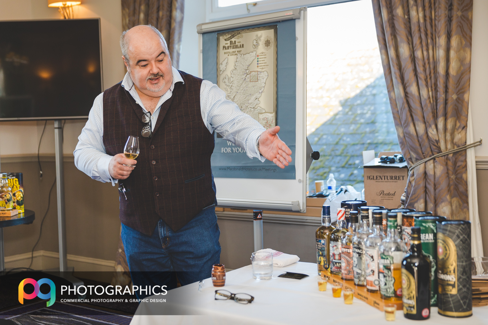 whisky-tasting-event-photography-glasgow-edinburgh-scotland-3.jpg