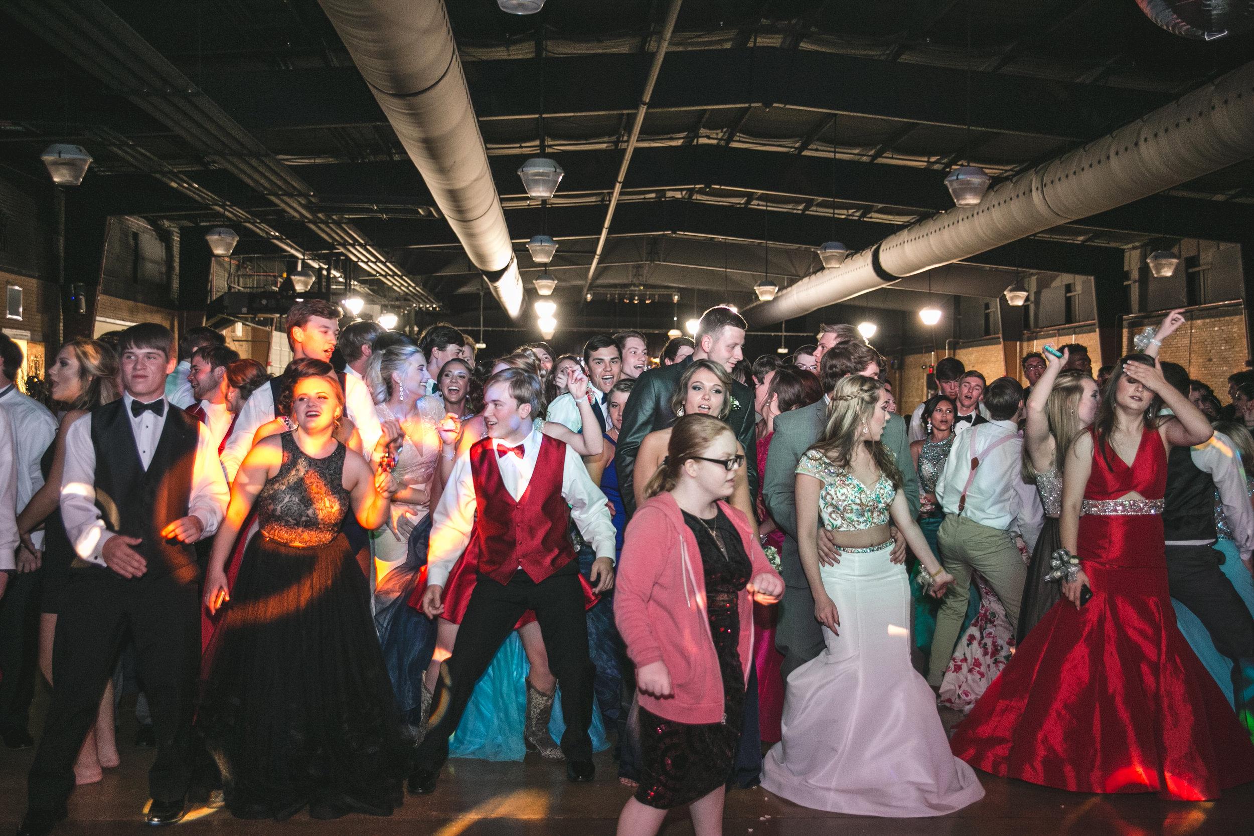 Nashville_Wedding_Photographers_DJ_Lighting_Bowling_Franklin (45 of 137).jpg