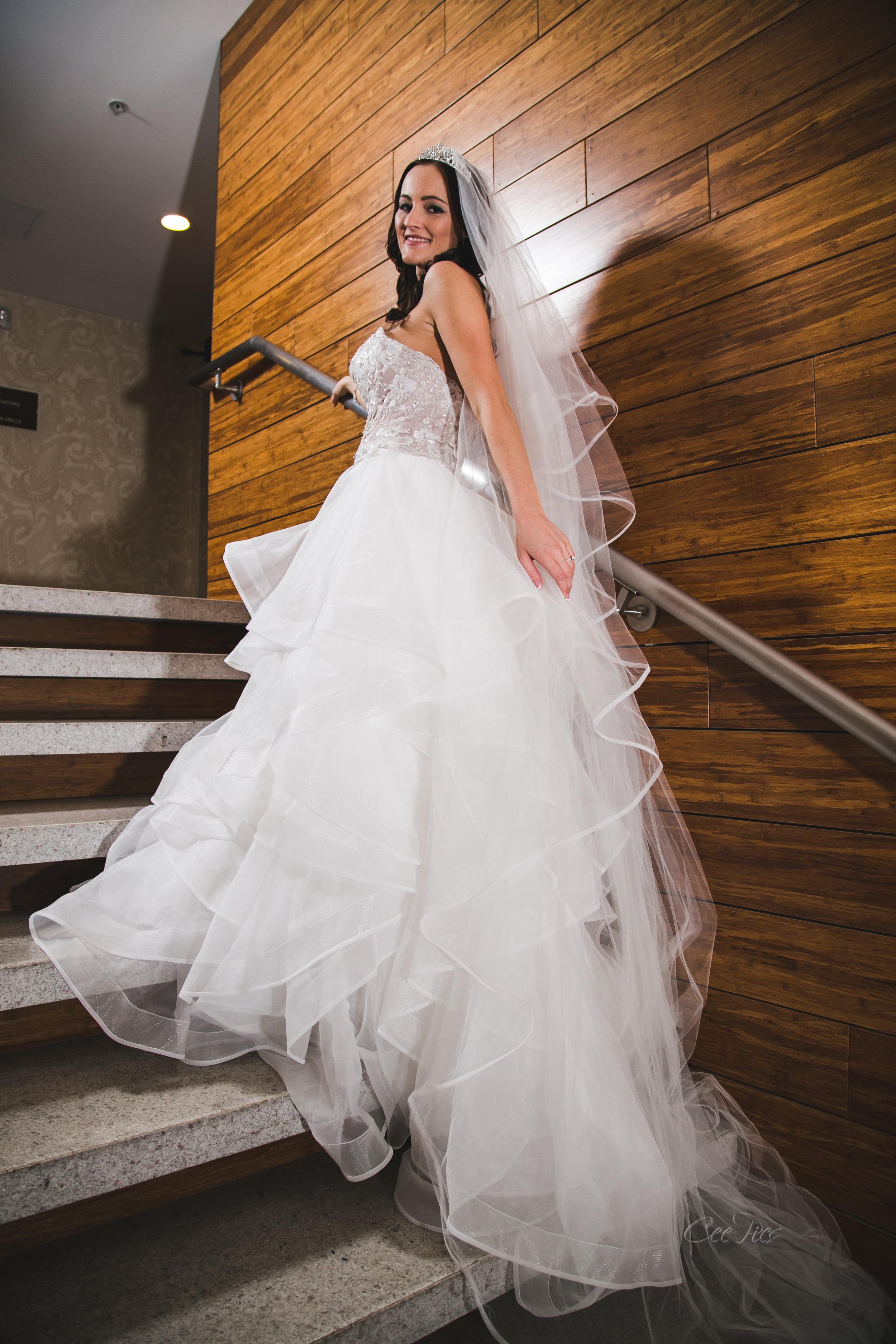 Nashville_Wedding_Photographer_Photography_DJ_MC_Lighting_Photobooth_Franklin_Bowling_Gallatin-42.jpg