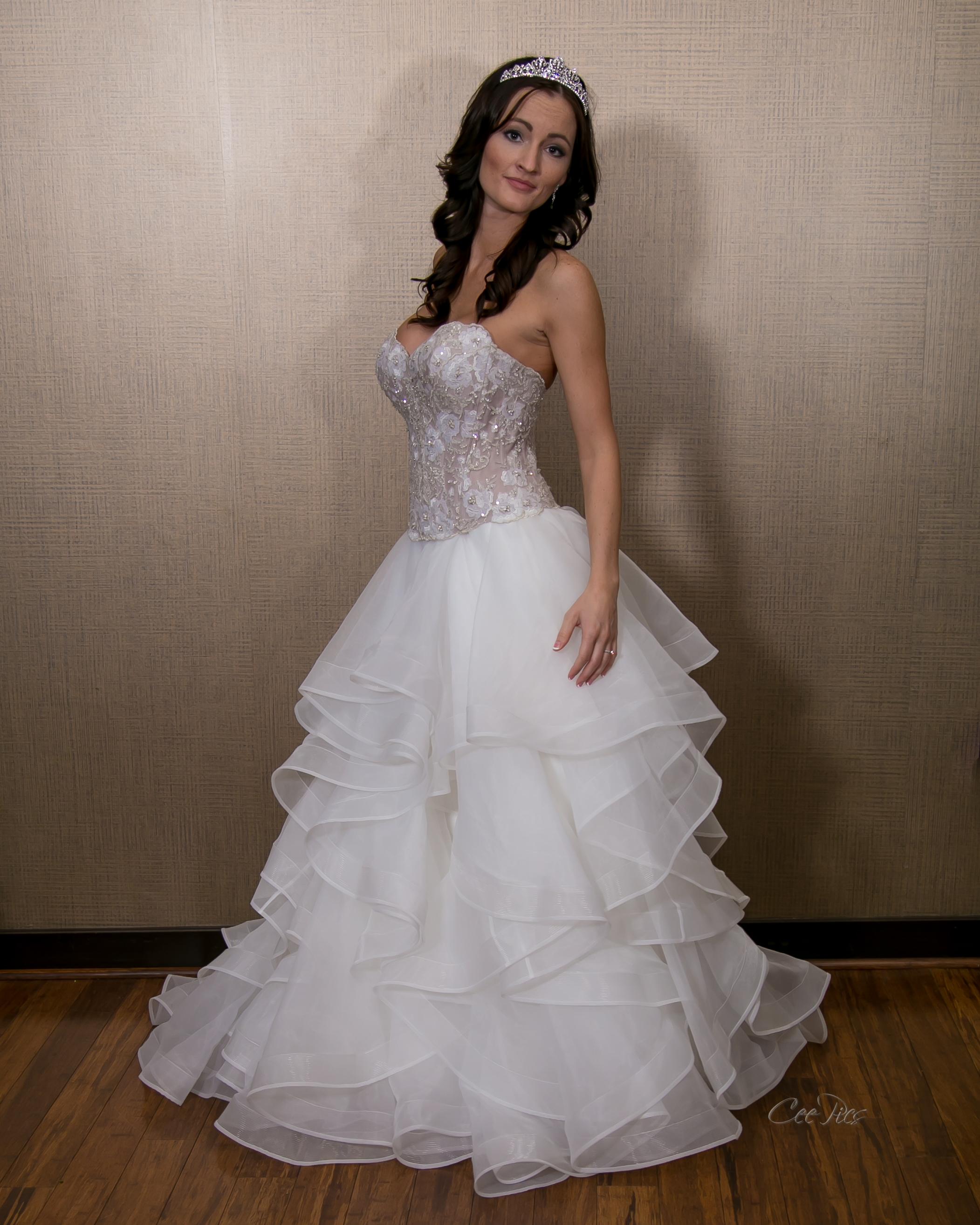 Nashville_Wedding_Photographer_Photography_DJ_MC_Lighting_Photobooth_Franklin_Bowling_Gallatin-46.jpg