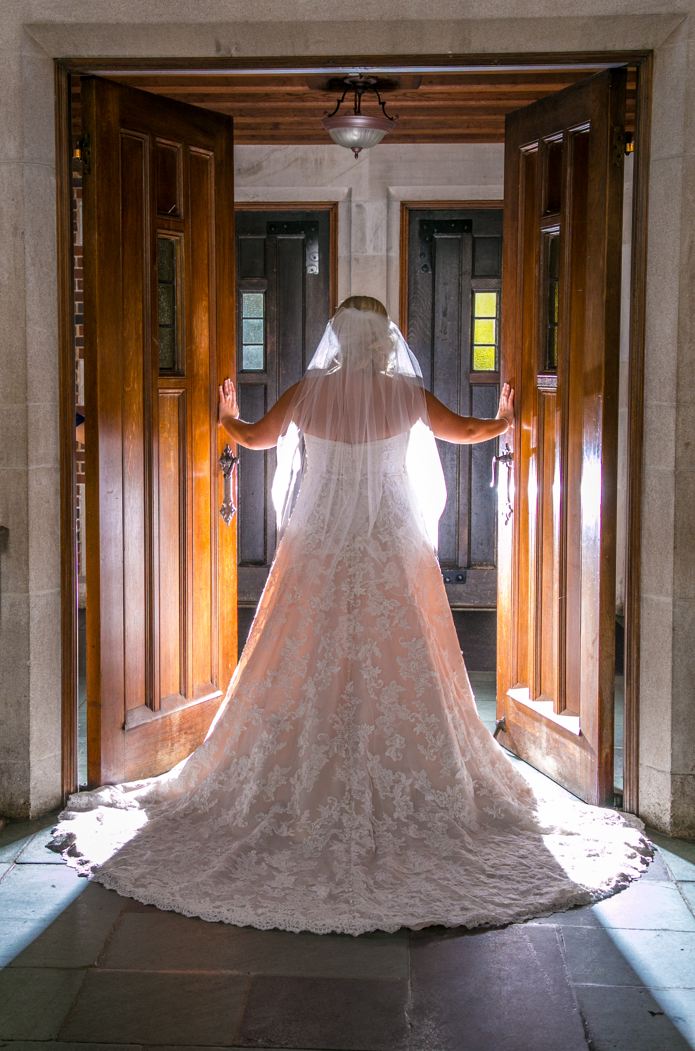 Nashville_Wedding_Photographer_Photography_DJ_MC_Lighting_Photobooth_Franklin_Bowling_Gallatin3-21.jpg