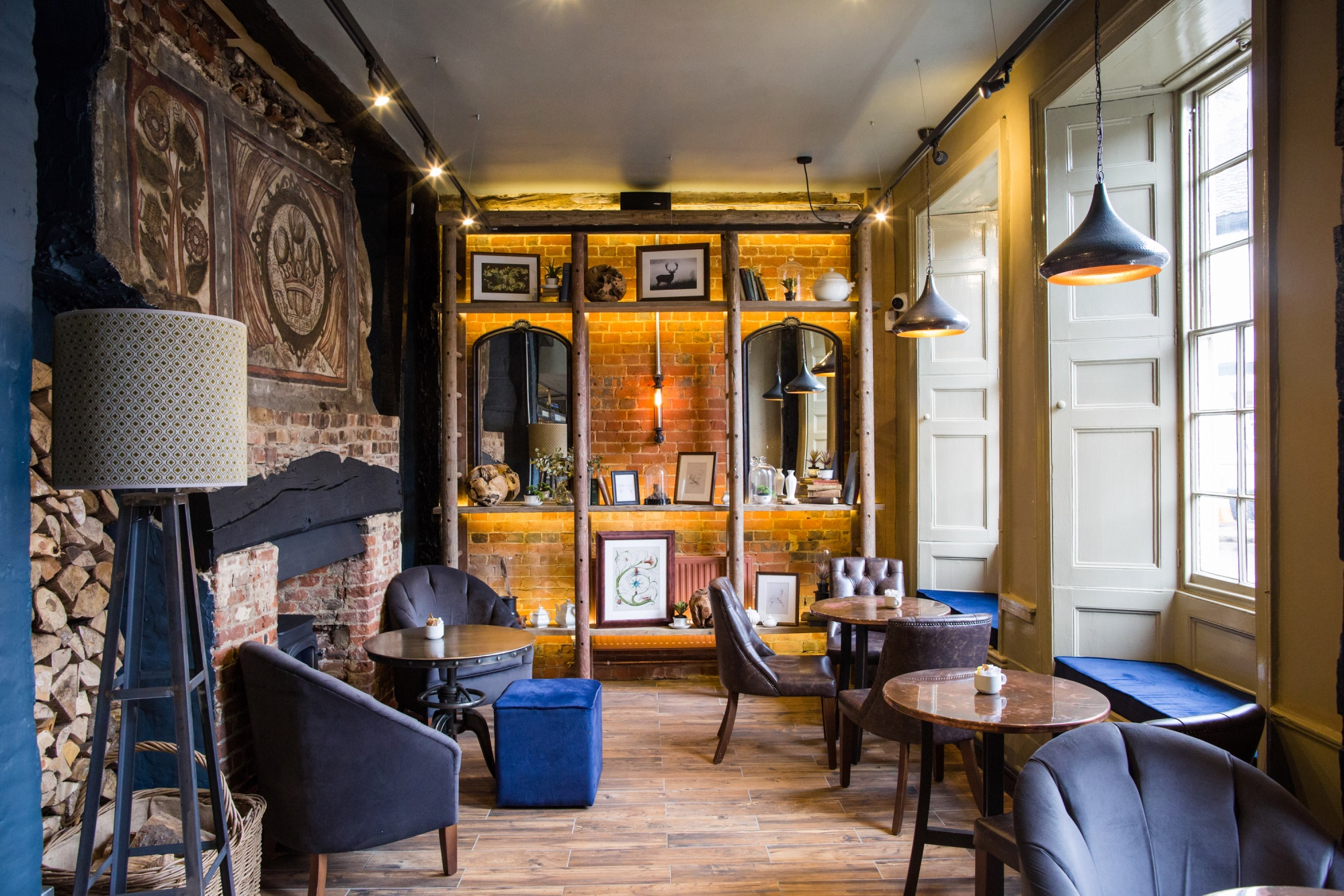 The Snug at the White Hart