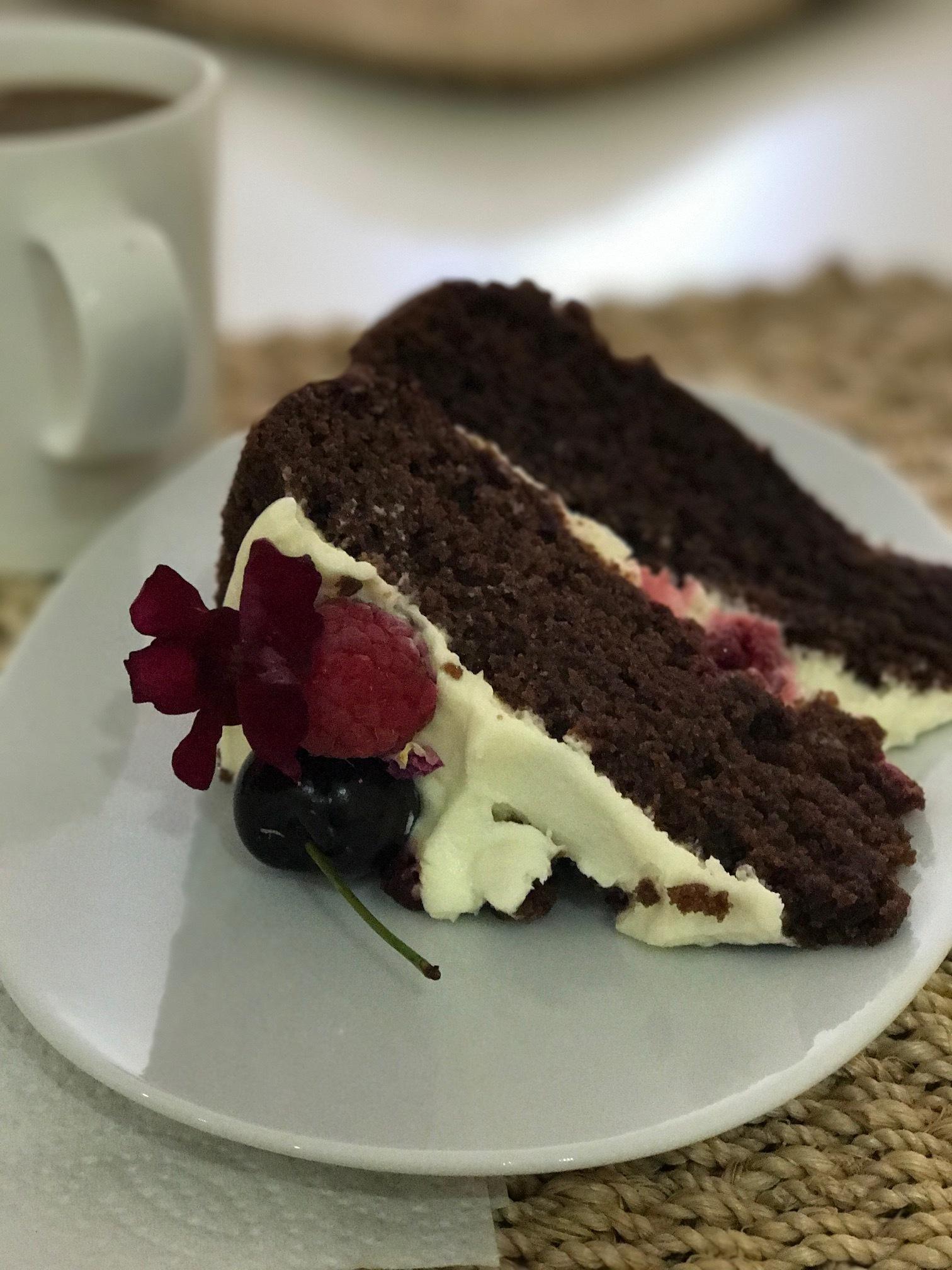 Chocolate raspberry cake from Barefoot