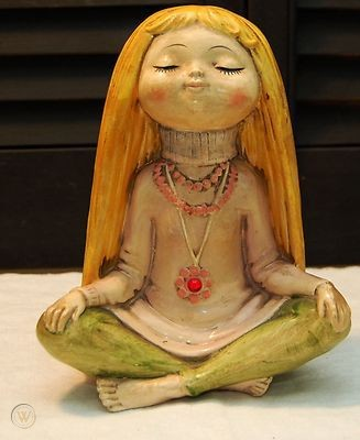 vintage-mod-hippie-girl-meditating_1_0dd181e0a8f69ad169f77f4ca9d2685d.jpg