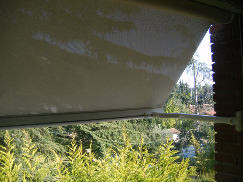 Toldo balcon.jpg