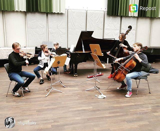#repost @nbglebsky Getting ready for our concert in 2 hours with Rubik Ensemble! . . #chambermusic #concert #forelle #classicalmusic #ensemble #pianosalon #christophori #schubert #dvorak #quintet #sextet #instamusic #pianist