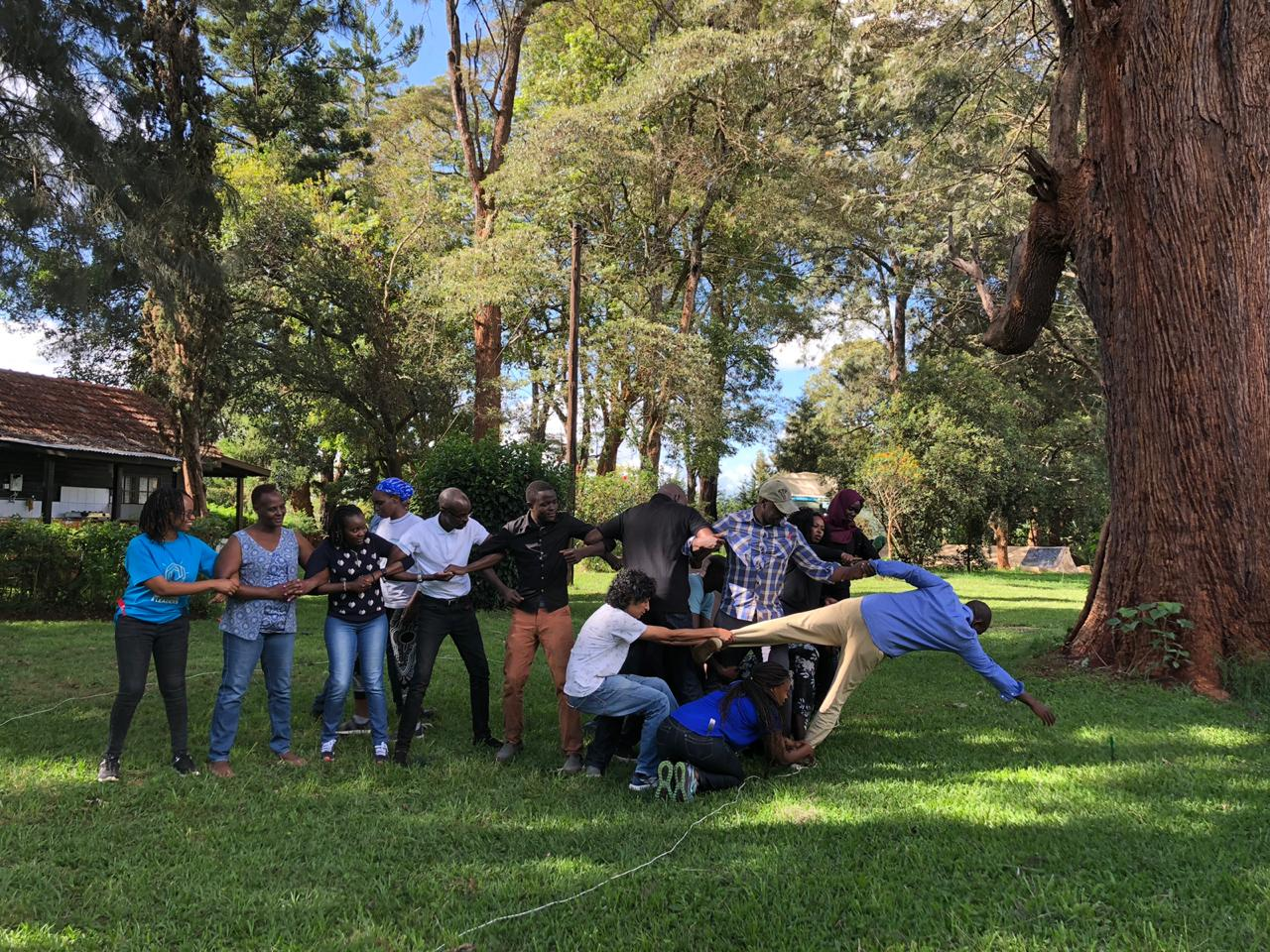 Over the retreat, Fellows were faced with many challenges that required them to reflect on their leadership journeys and patterns, as well as to collaborate.