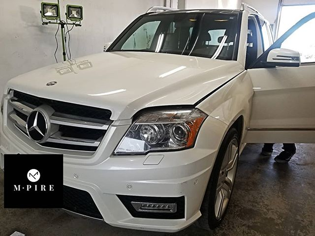 Mercedes GLK getting the Gold treatment.😎 Book yours at info@m-pire.ca.  #m-pire.ca #autodetailing #winnipeg #manitoba #cars #imports #shine #detailing #winnipegcars #devilsinthedetails #nanoceramiccoating #ceramiccoat #paintprotection #ceramiccoating #autos #dealerships #winnipegdealerships #autos #mercedes #glk #mercedesbenz #benz