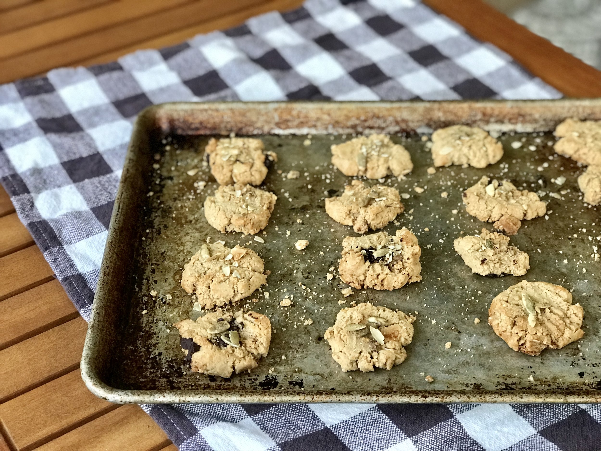 almondtahinicookies (1).jpg