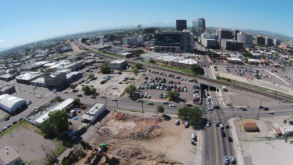 Downtown Links Aerial-1.jpg