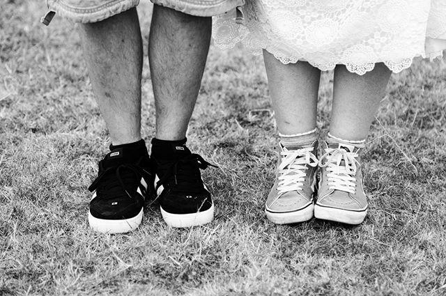 An hour apart. . . . . . #weddingday #weddingphotography #photography #photographer #shoes #vans #globeskate #heels #details #unique #uniquewedding #blackandwhite