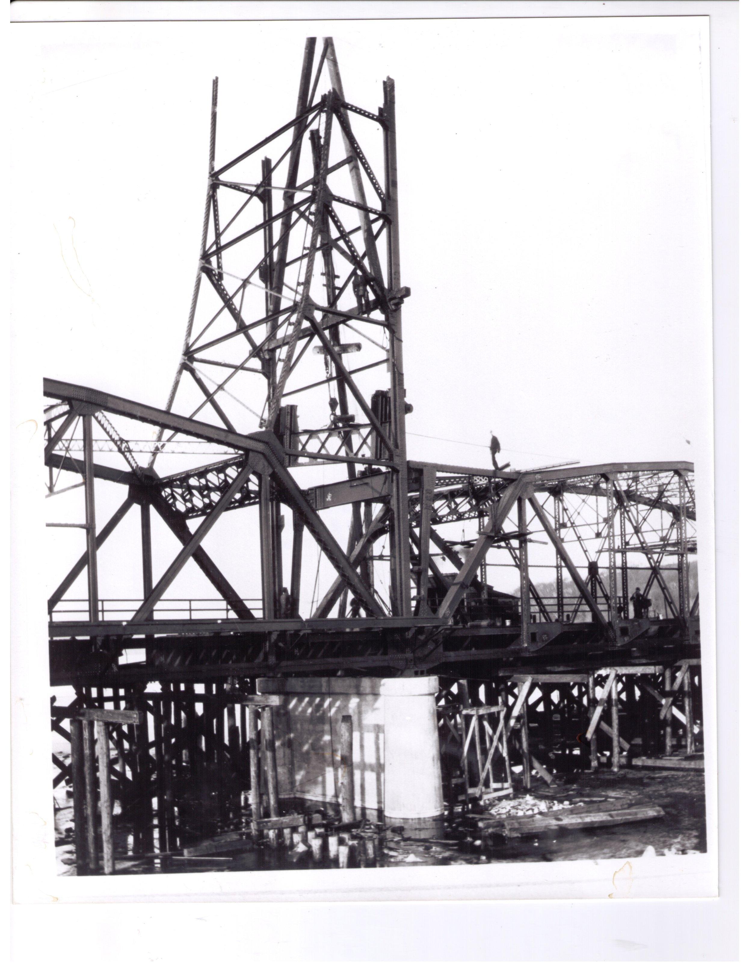 Lift Bridge Under Construction in 1931. Photo credit, Mr. John Runk, courtesy of Stillwater Public Library.