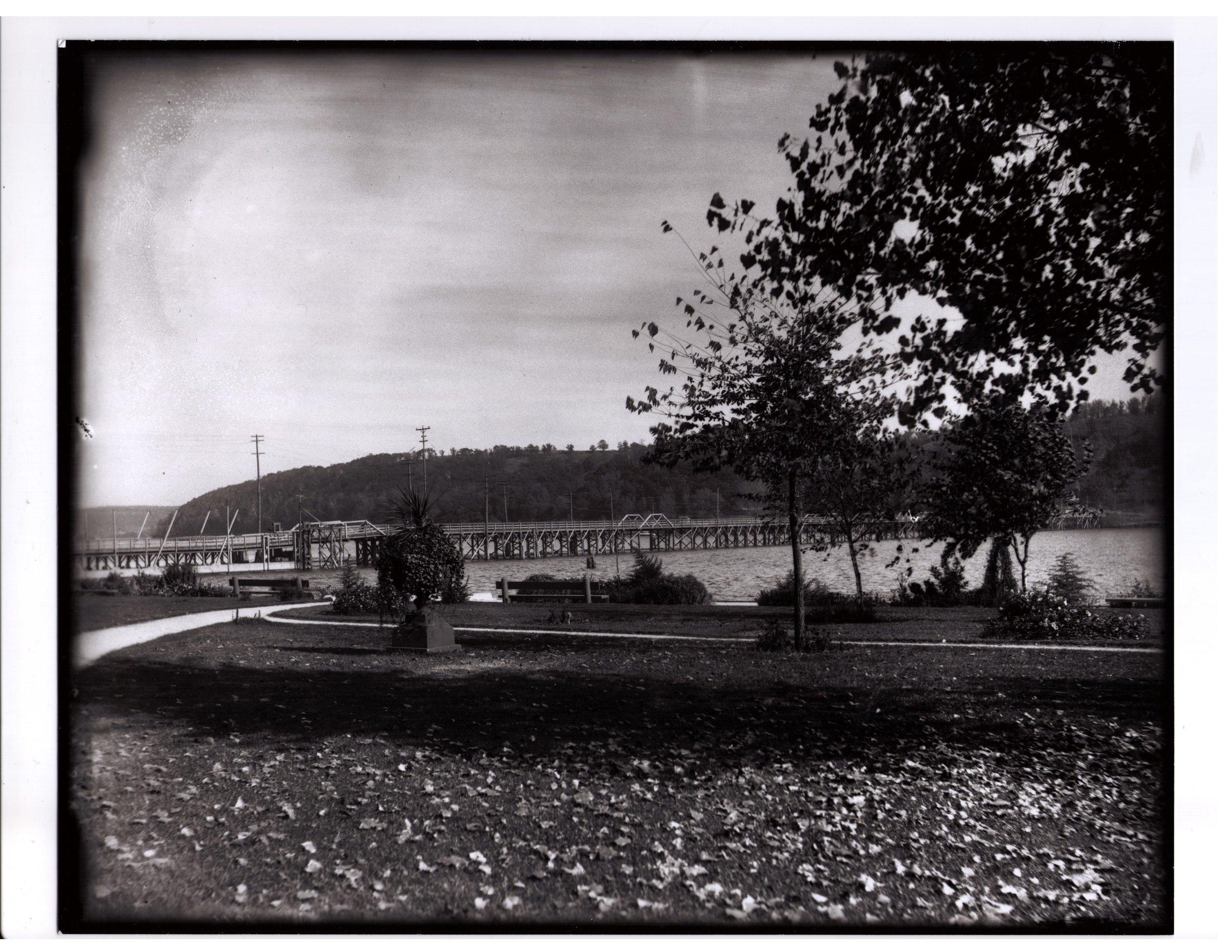 5a-35 Lowell Park Old Bridge.jpg