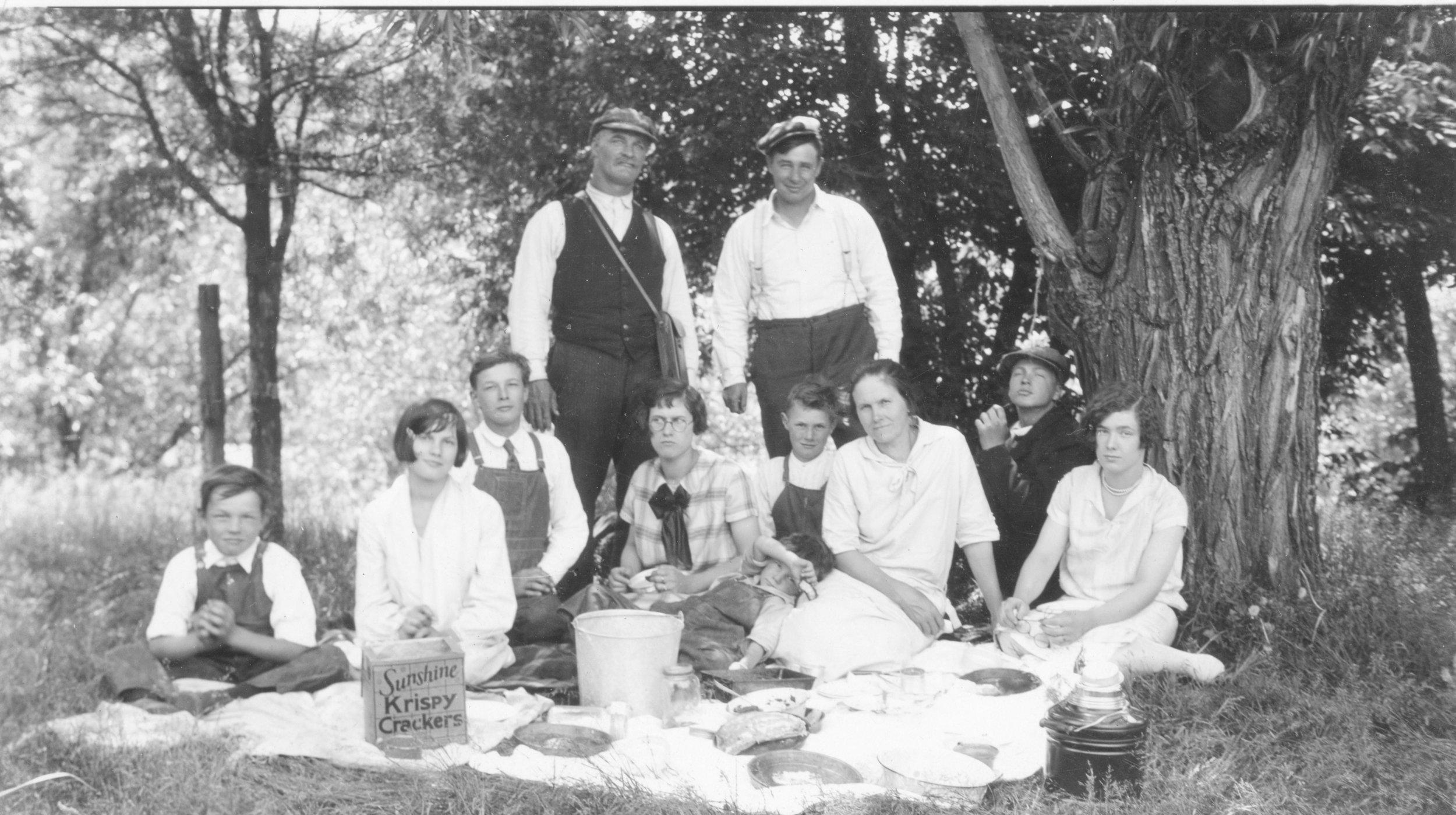 Lewerer Family Picnic Taken in late 1920's