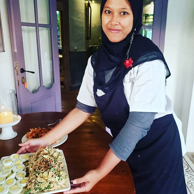 This beautiful  woman has prepared such wonderful foods for us during our stay... She showed me lots of tips and recipes, you may see this fall.... #balifood #indonesiancooking #foodlove #foodtrucklife #bonafidefoodtruck #getbonafide #wecater  #gratitude