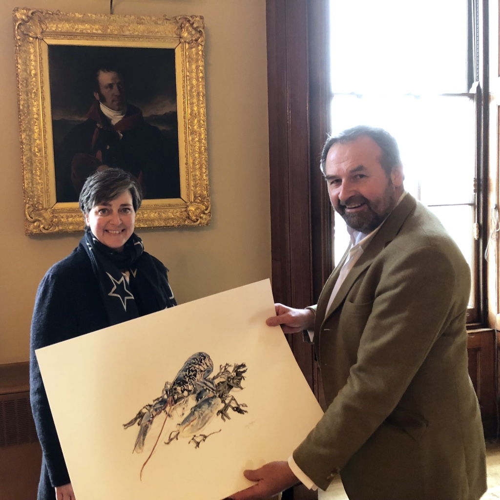 Presenting the finished painting to Mike Warner at Fishmongers Hall, London