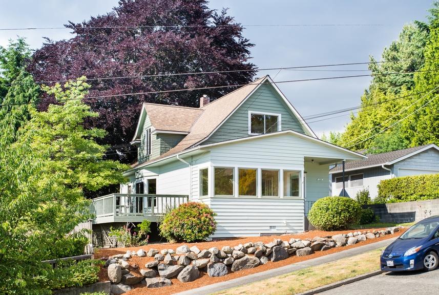 $708,000 - 120 NW 49th St Seattle, WA 98107