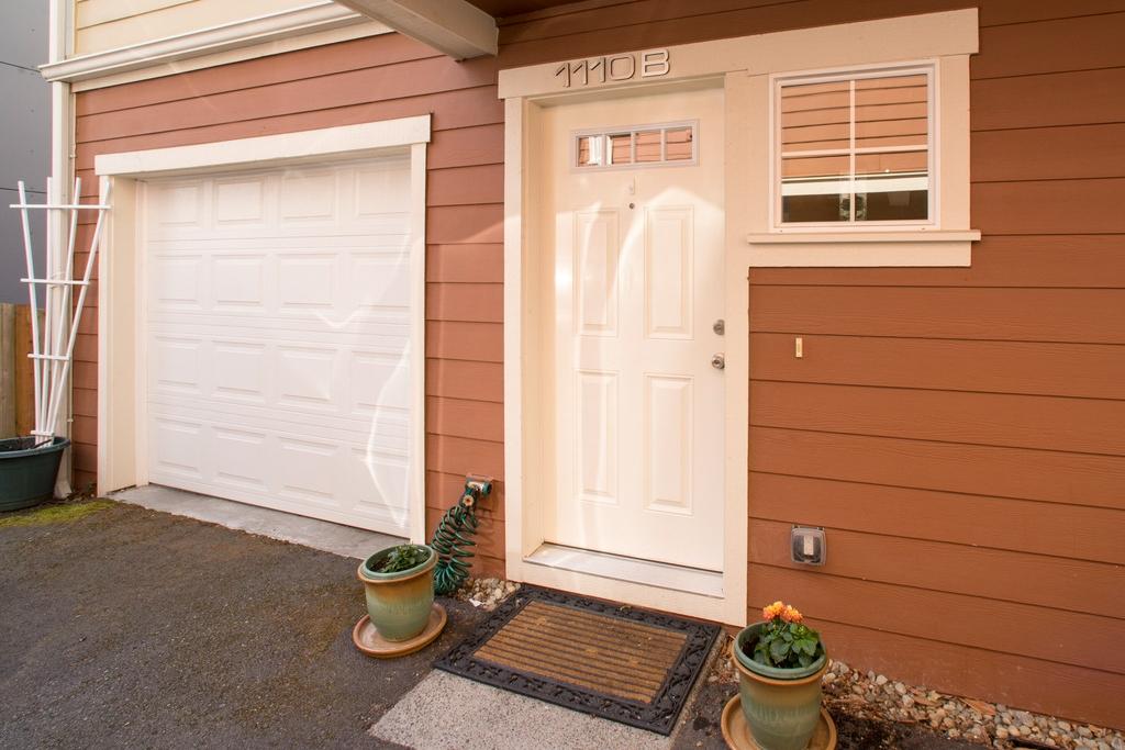 $481,000 - 1110 29th Ave S Unit B Seattle, WA 98144