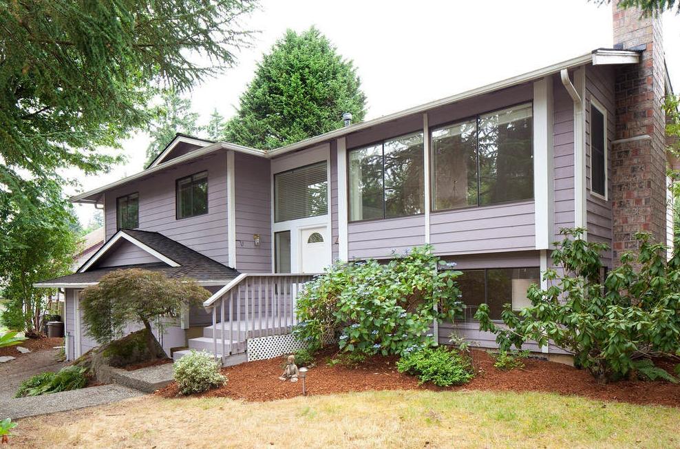$405,000 - 9005 NE 143rd St Kirkland, WA 98034