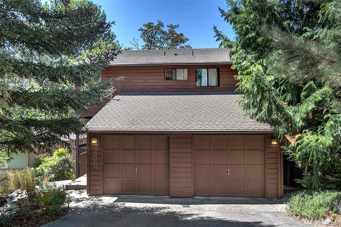 $806,000 - 10329 46th Ave NE Seattle, WA 98125