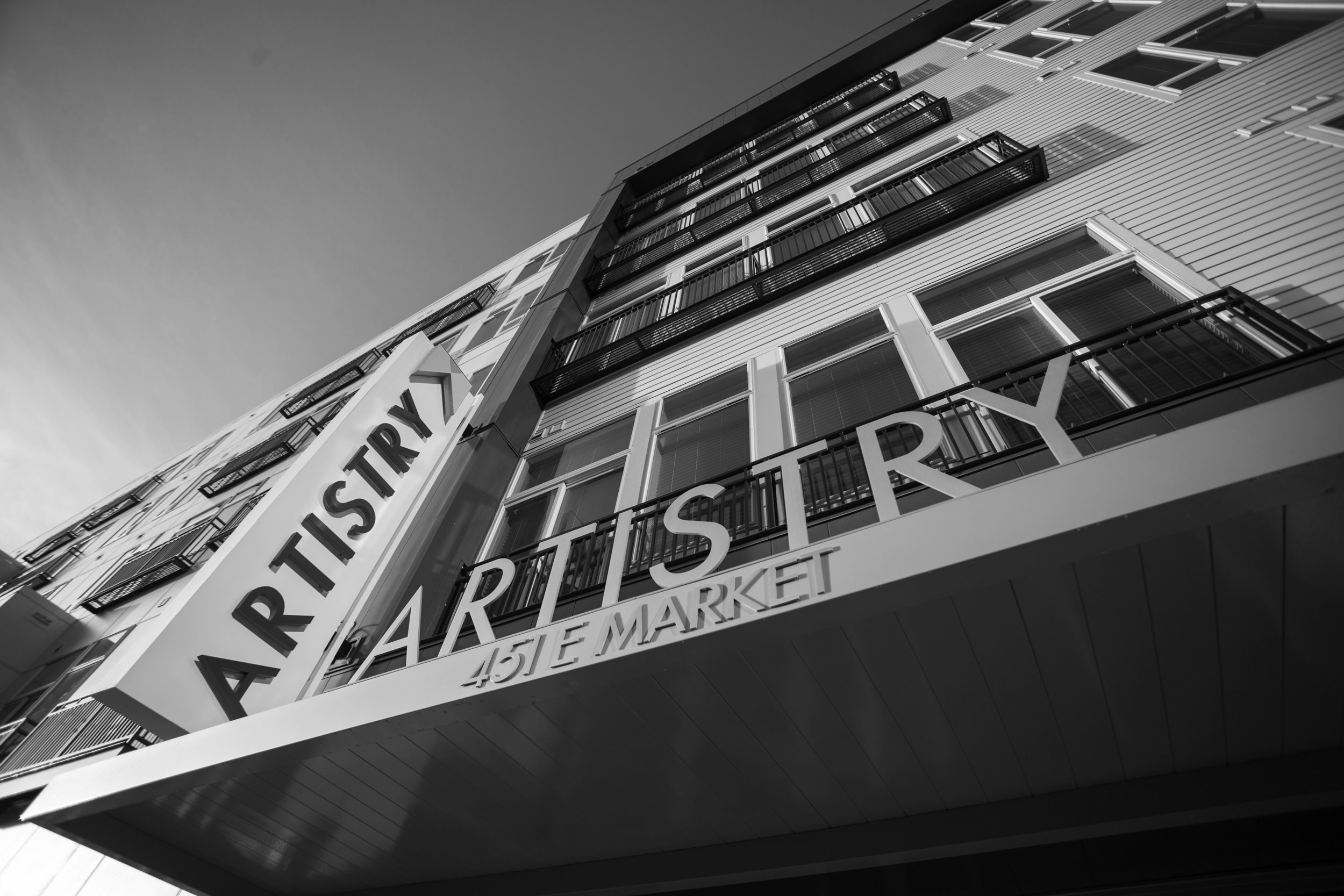 ARTISTRY APARTMENTS   Q7 conceptualized and created the Artistry brand that has now expanded nationally to other cities in the United States.  The residents experience local artists in an urban style space that features a permanent collection and rotating exhibitions .