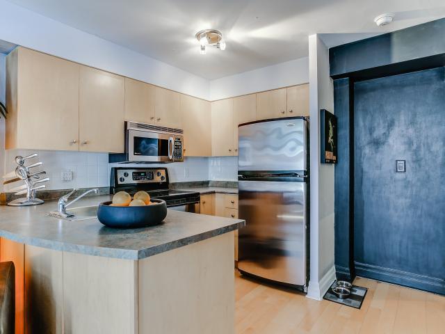 12_kitchen1.jpg