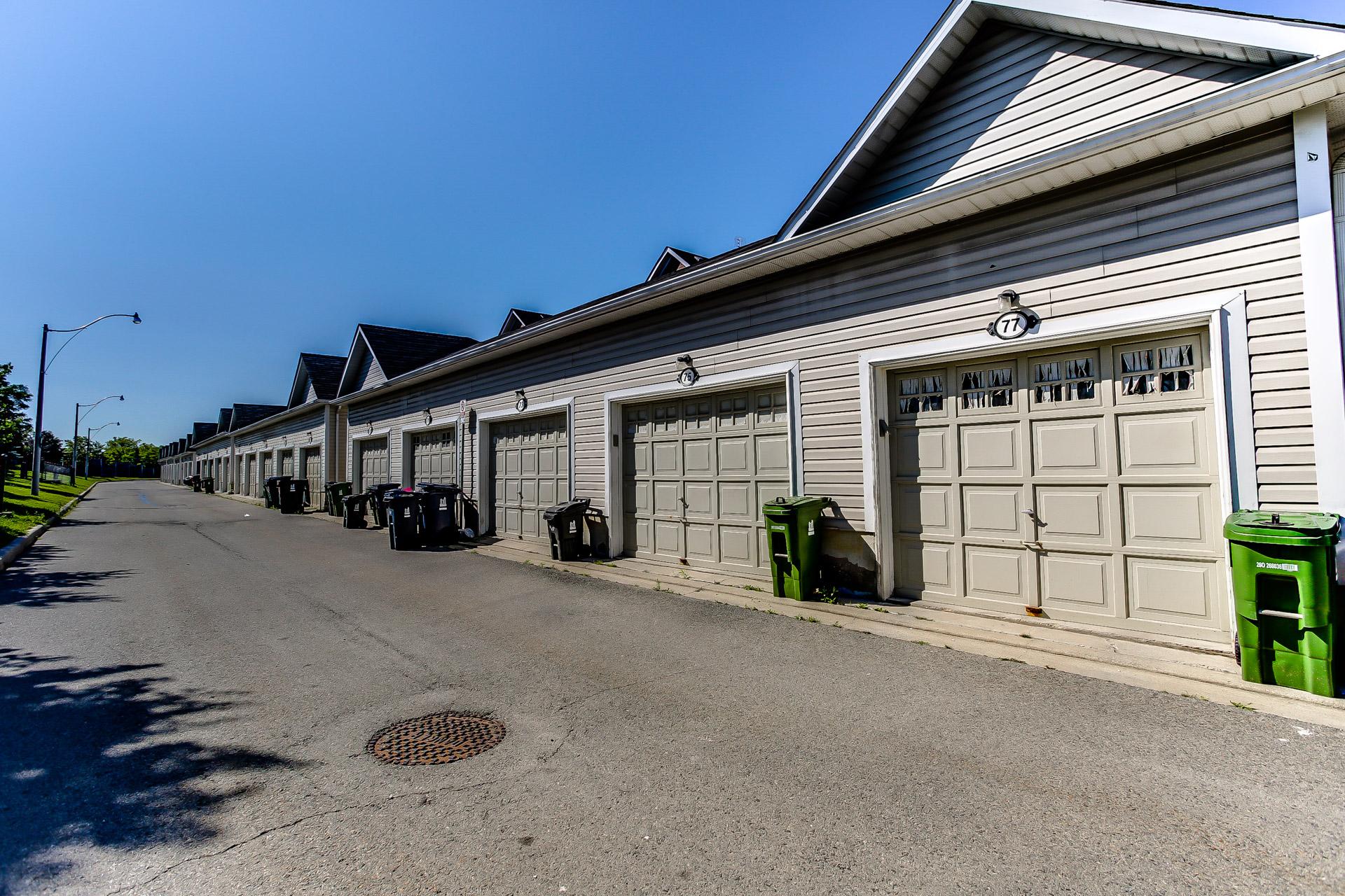 32_garage2.jpg