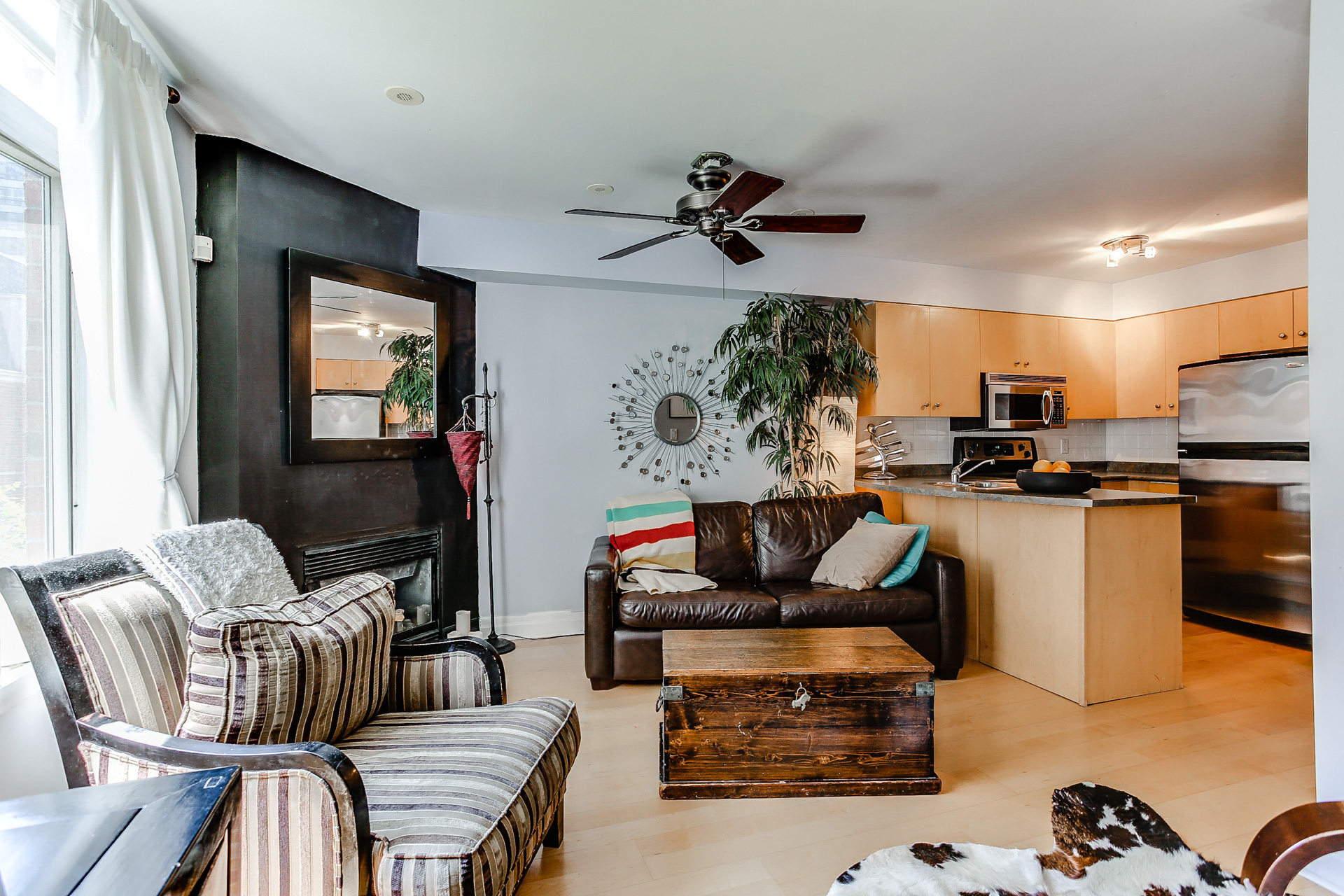 415 Jarvis St #328Sold! -