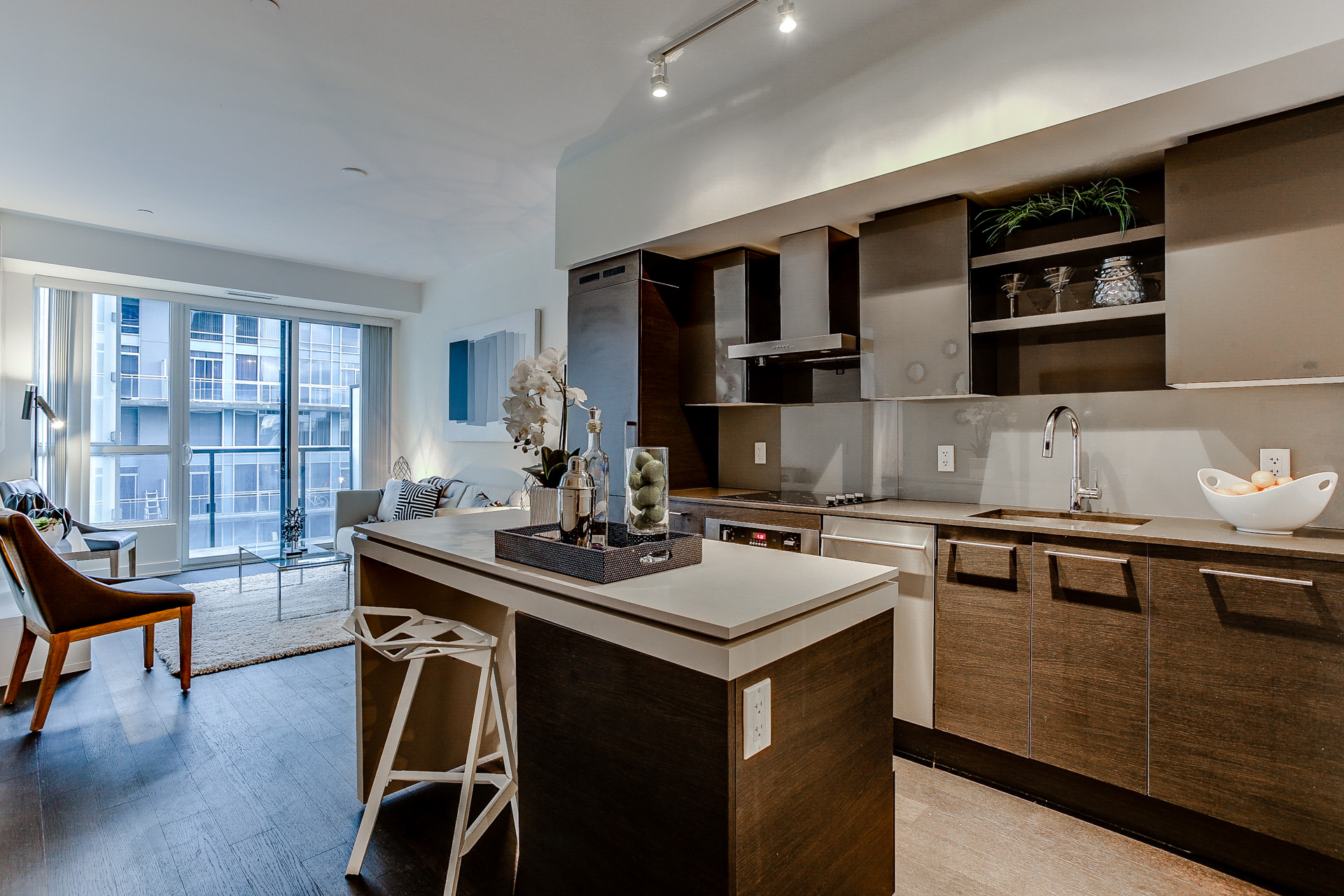 1030 King St w #445 SOLD! -