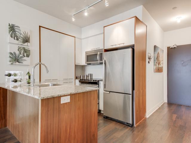 17_kitchen2.jpg