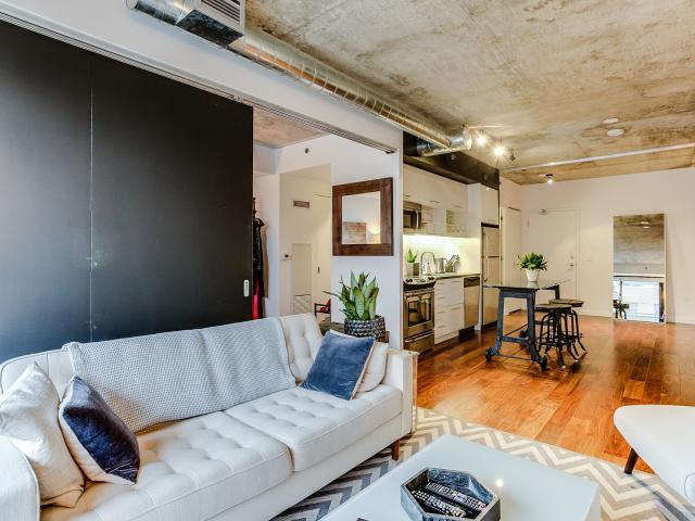 12_livingroom7.jpg