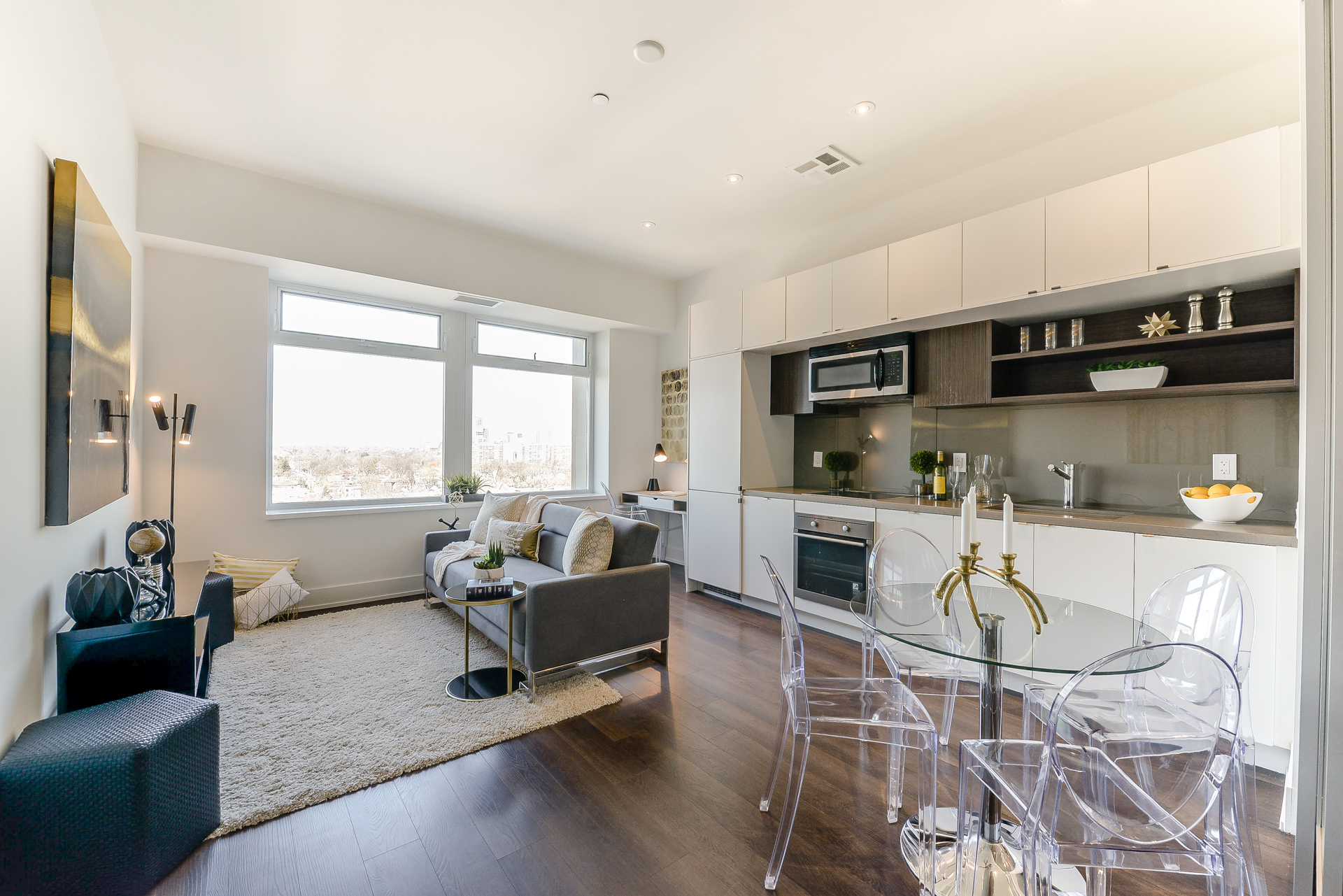111 St Clair Ave West #1123 SOLD! -