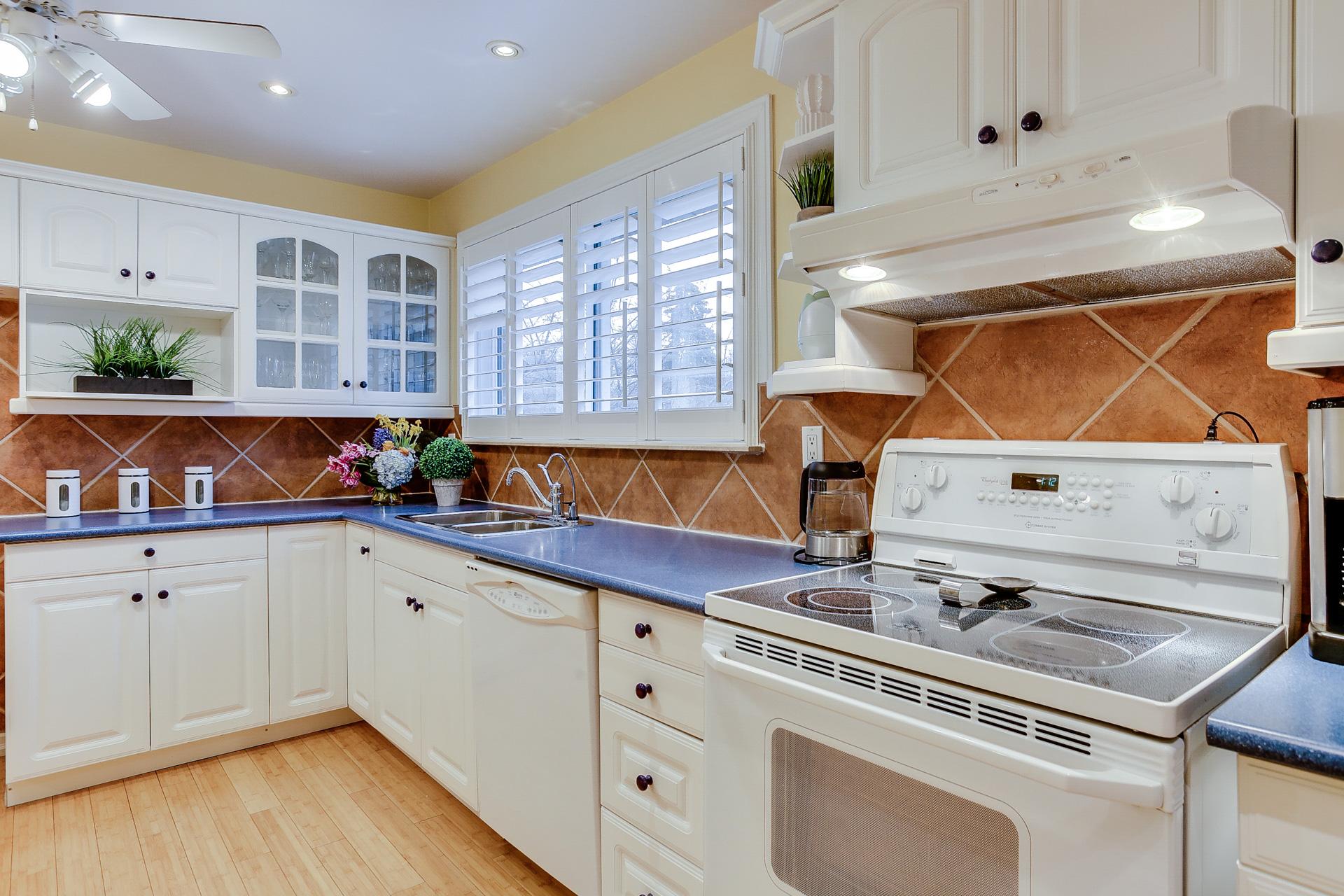 18_kitchen1.jpg