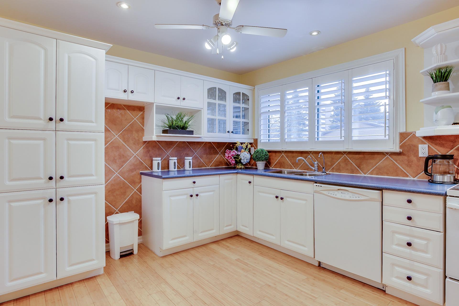 20_kitchen3.jpg