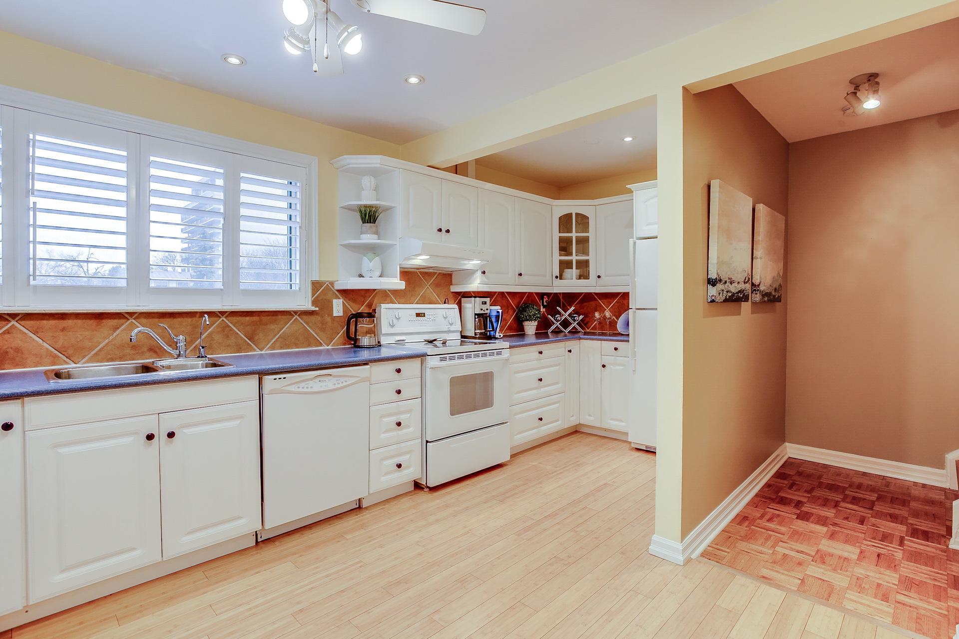 21_kitchen4.jpg